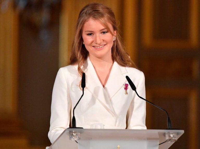 La promesa de Elisabeth de Bélgica a sus 18 años: «El país puede contar conmigo»
