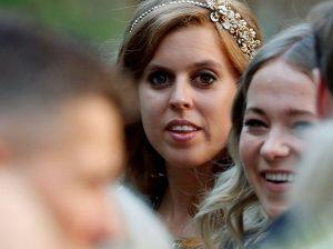 """Beatriz de York """"llora todos los días"""" por el escándalo sexual de su padre, el príncipe Andrés"""