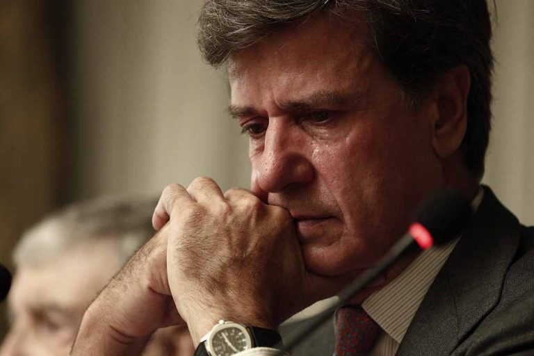 Las lágrimas de Cayetano Martínez de Irujo en la presentación de su libro