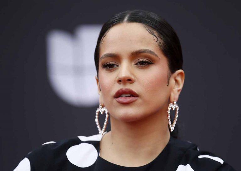 Rosalía se pone flamenca en los Grammy Latino 2019