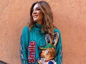Fotos del día: el inexplicable y poco discreto look de Raquel Bollo