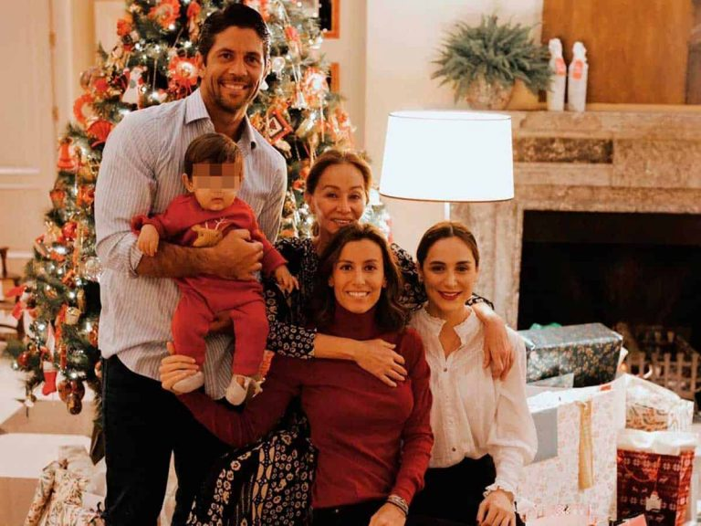Fotos del día: Tamara Falcó comparte la primera Navidad de su sobrino Miguel junto a su familia
