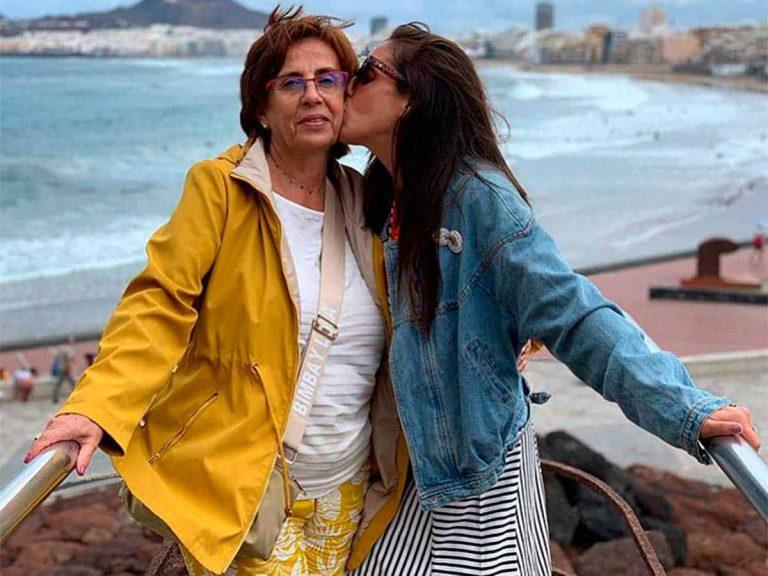 Fotos del día: el emotivo reencuentro de Anabel Pantoja y su madre tras seis meses sin verse