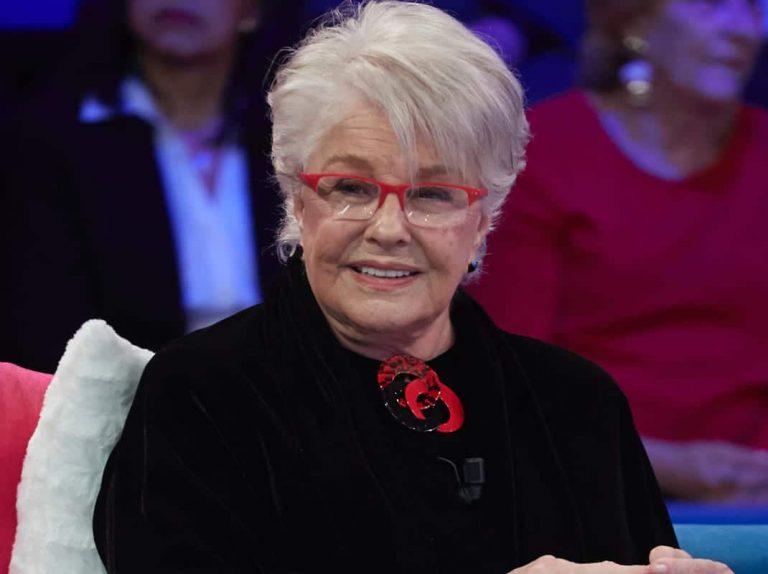 Lola Herrera sufre un desmayo durante una obra de teatro
