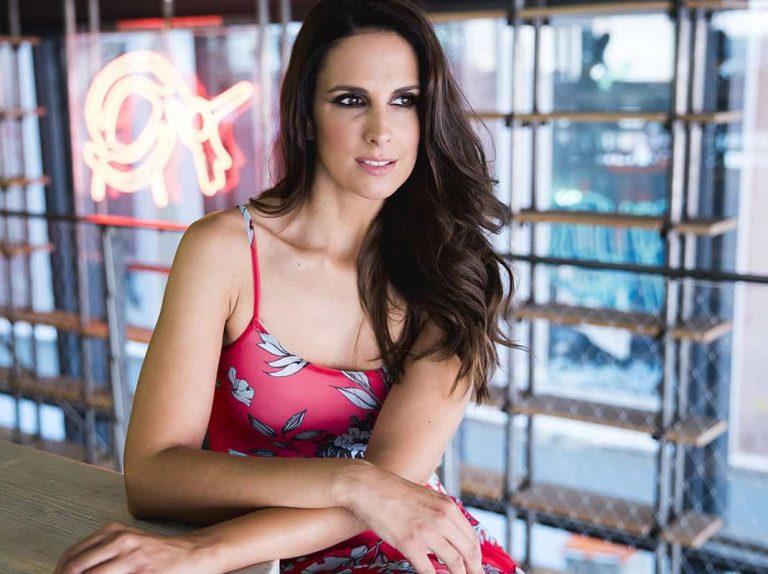 Nuria Fergó se moja sobre las polémicas críticas de Rosalía