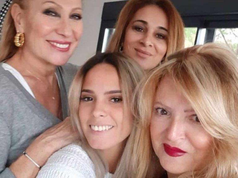 La foto de Rosa Benito, Gloria Camina y Carmen Ortega, ¿unión familiar o dardo envenenado?