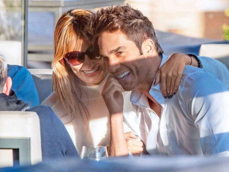 Alba Carrillo se pone romántica con Santi Burgoa