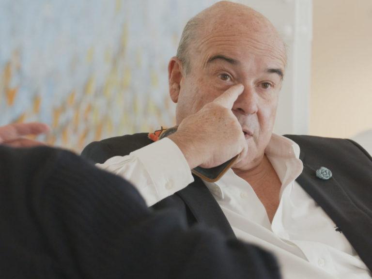 Antonio Resines se sincera: El accidente que le salvó la vida y su estrecha relación con su hijo