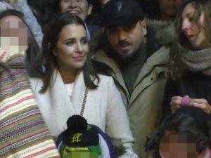 Paula Echevarría y David Bustamante hacen un alto al fuego y ven juntos la cabalgata de Reyes Magos con su hija Daniella