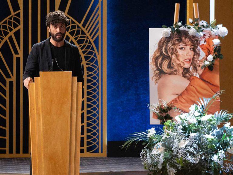 Javier Rey, protagonista en el «funeral» de su novia, Blanca Suárez