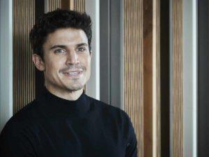 El cambio de look de Álex González con el que ha conquistado (más todavía) a sus seguidores