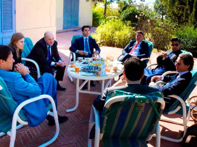 Beatriz de York: ¿qué hace con el expresidente Aznar en Pakistán?