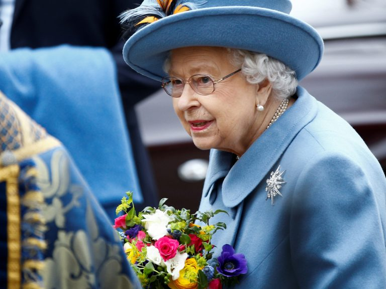 La desesperante soledad de la reina Isabel II de Inglaterra