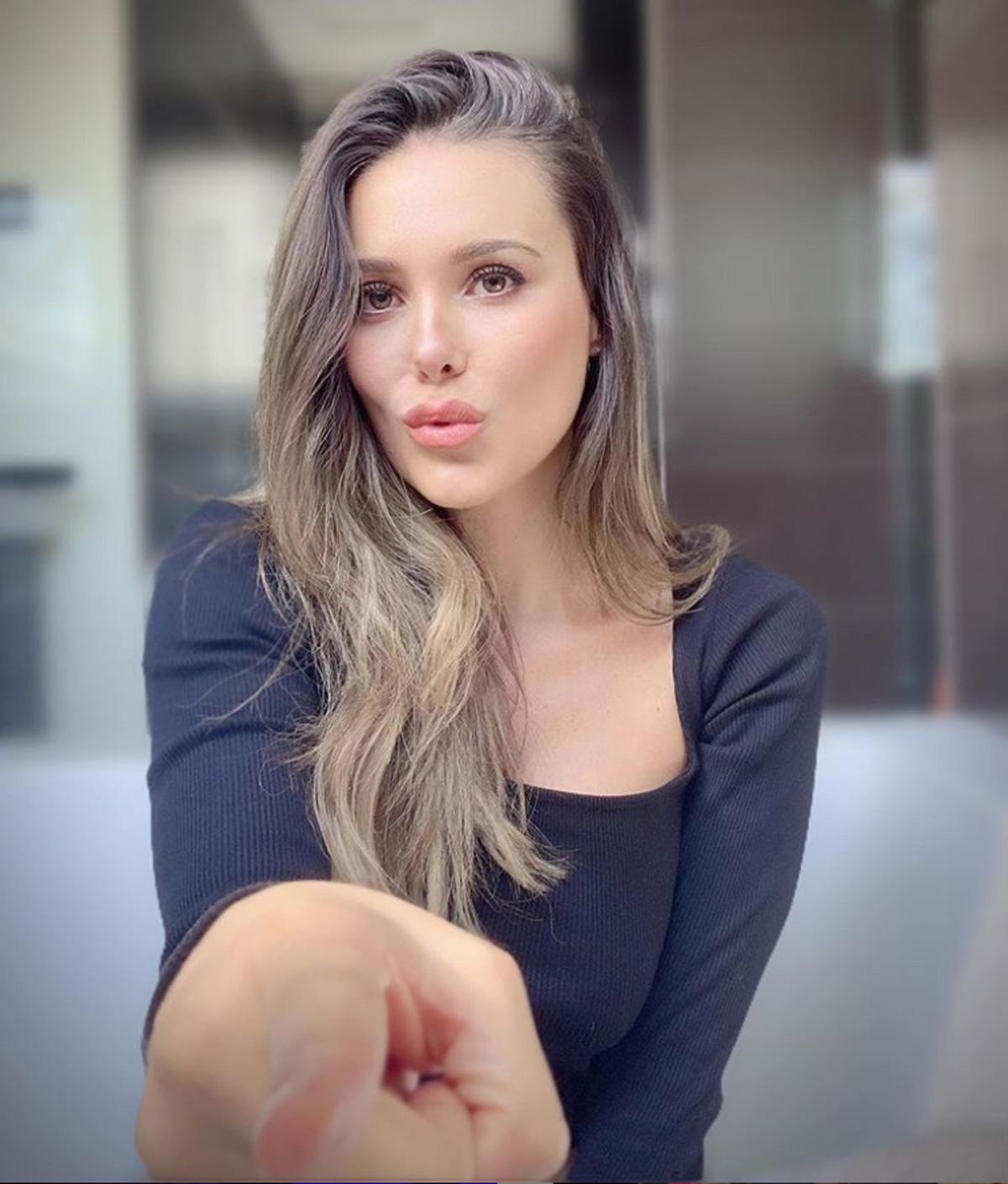 Lorena Gómez 2