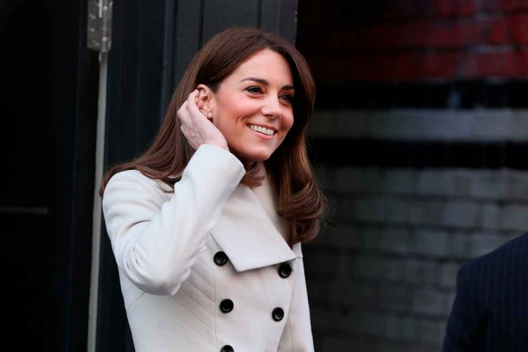 Kate Middleton, visiblemente más delgada, tras la crisis que azota a Inglaterra