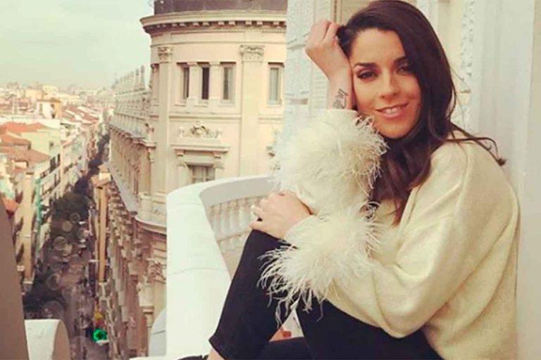 El vídeo de Ruth Lorenzo ofreciendo un concierto inédito a sus vecinos desde su balcón