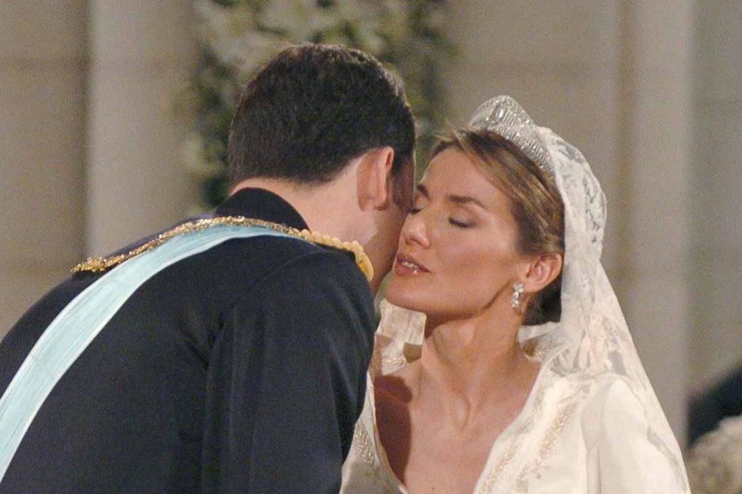 Letizia Felipe beso