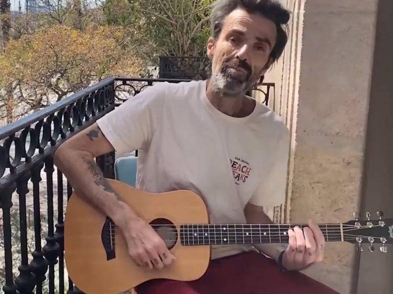 El impresionante cambio físico de Pau Donés al anunciar su regreso tras el cáncer