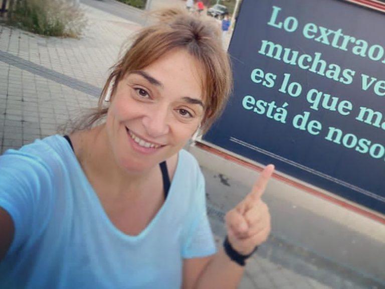 Toñi Moreno recupera la silueta haciendo ejercicio en la calle