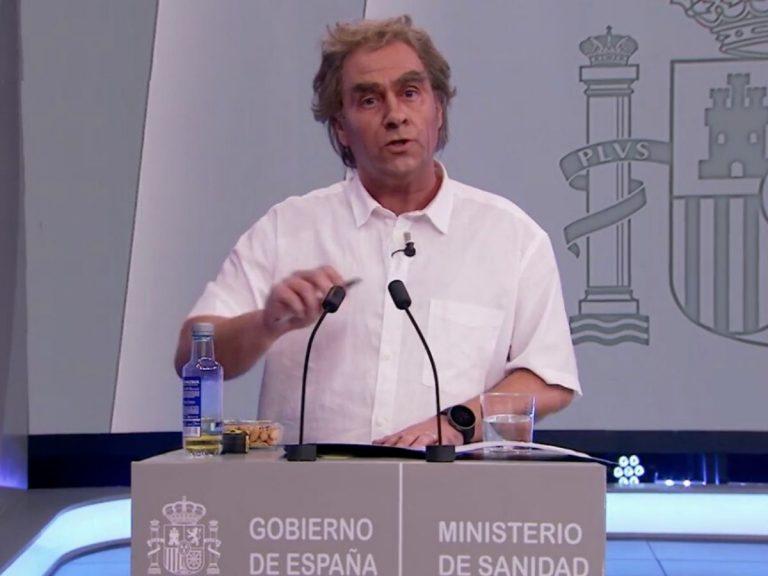 Carlos Latre imita a Fernando Simón en 'El Hormiguero' y hace arder las redes sociales