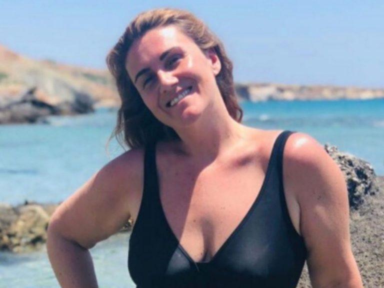 Carlota Corredera posa por primera vez en bañador