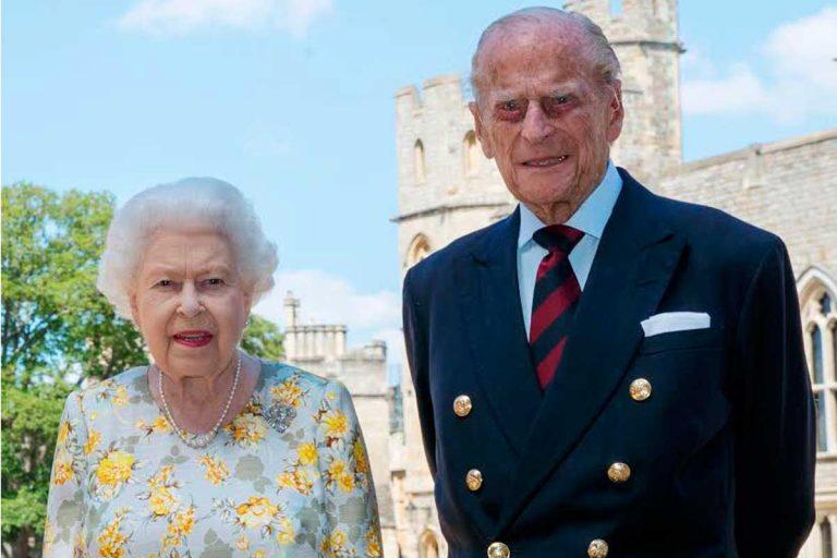 Felipe de Edimburgo cumple 99 años en pie y así le felicita su familia