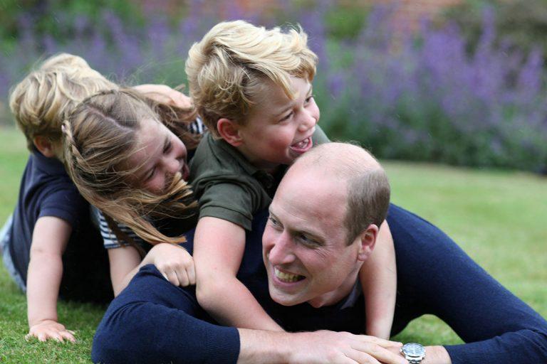 El precioso posado familiar del príncipe Guillermo por su 38 cumpleaños