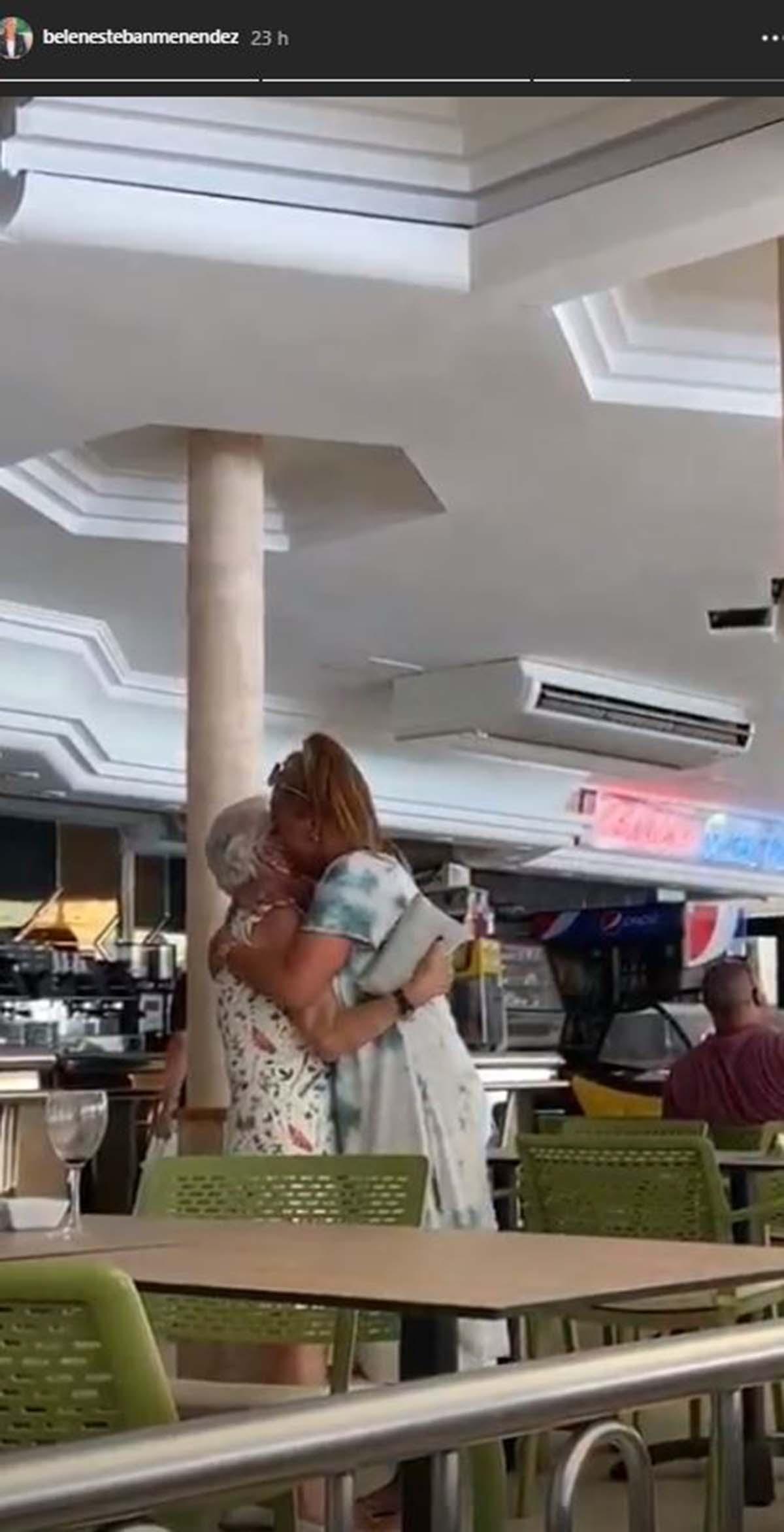 belen esteban madre abrazo