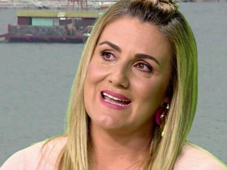 Carlota Corredera rompe a llorar al recibir una sorpresa de cumpleaños en 'Sálvame'