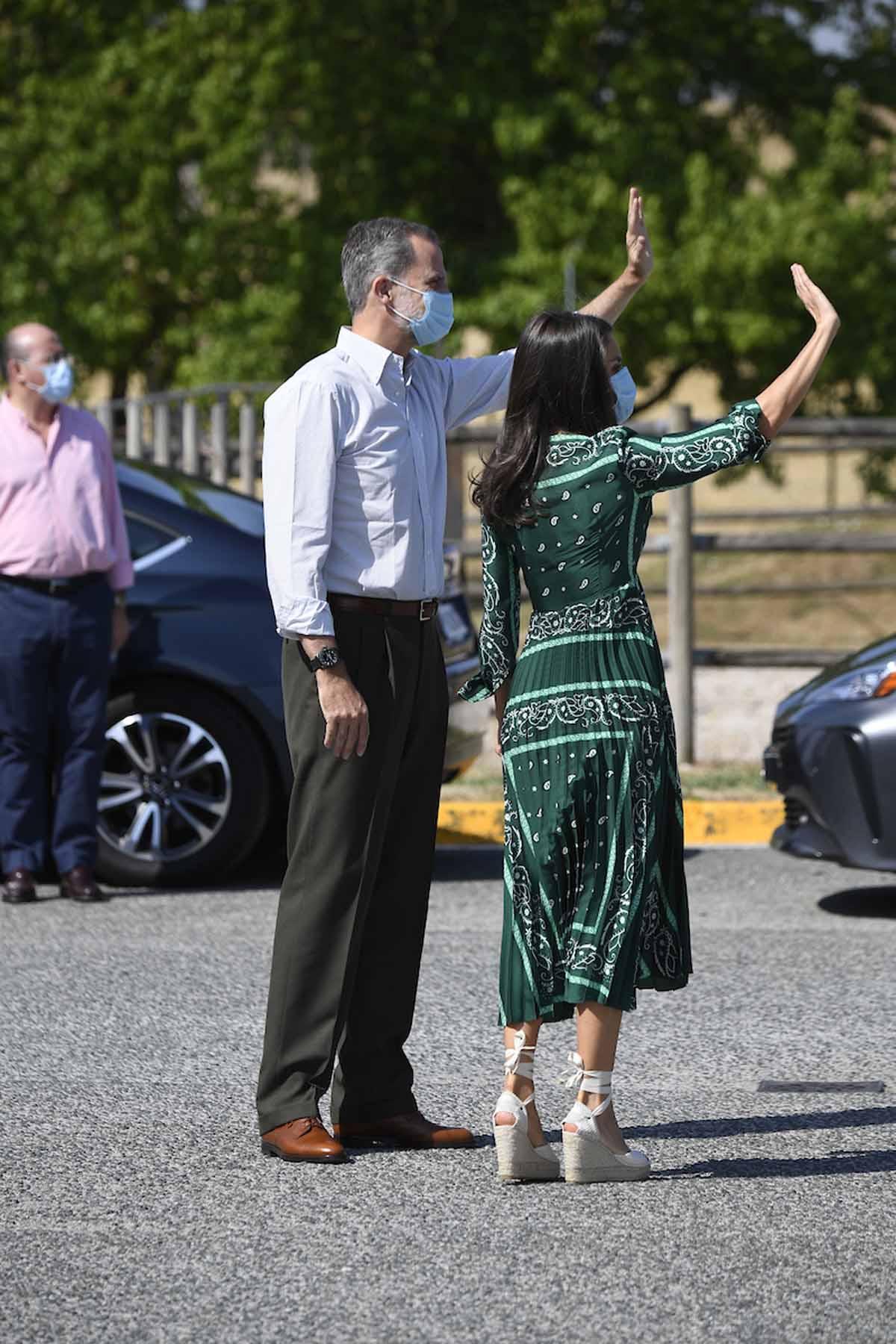 letizia navarra visita reyes vestido (2)