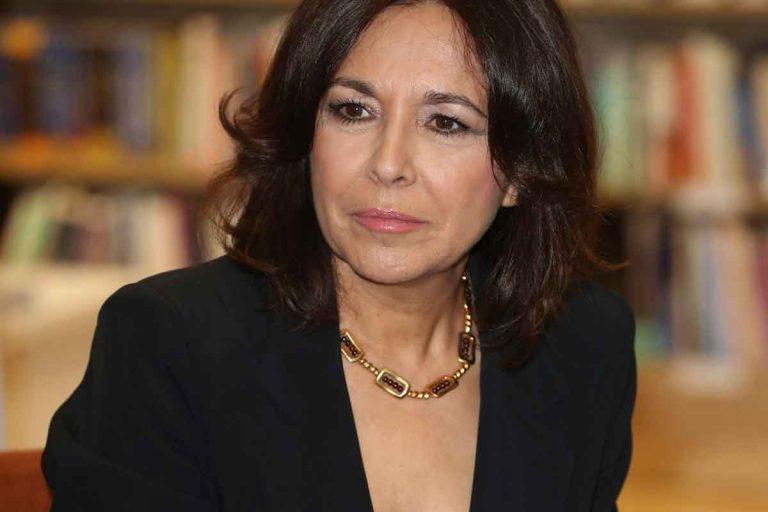 Isabel Gemio responde, entre lágrimas, a María Teresa Campos tras llamarla «mezquina» y «gilipollas»