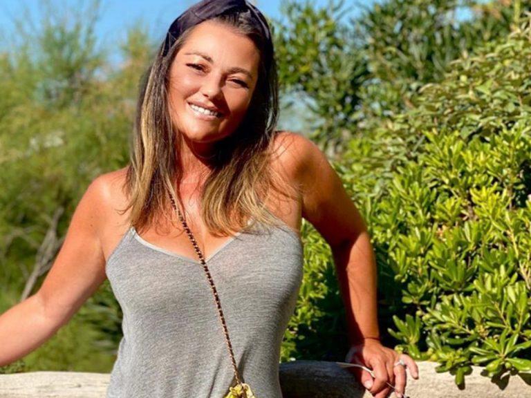 Amaia Montero se desnuda en la ducha tras sus ataques velados a Leire Martínez