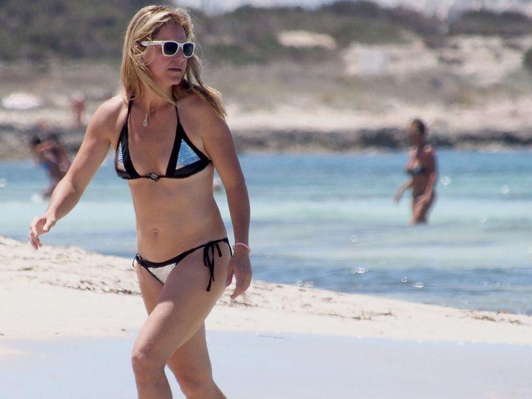 Arantxa Sánchez Vicario recuerda sus años gloriosos en el tenis en la playa