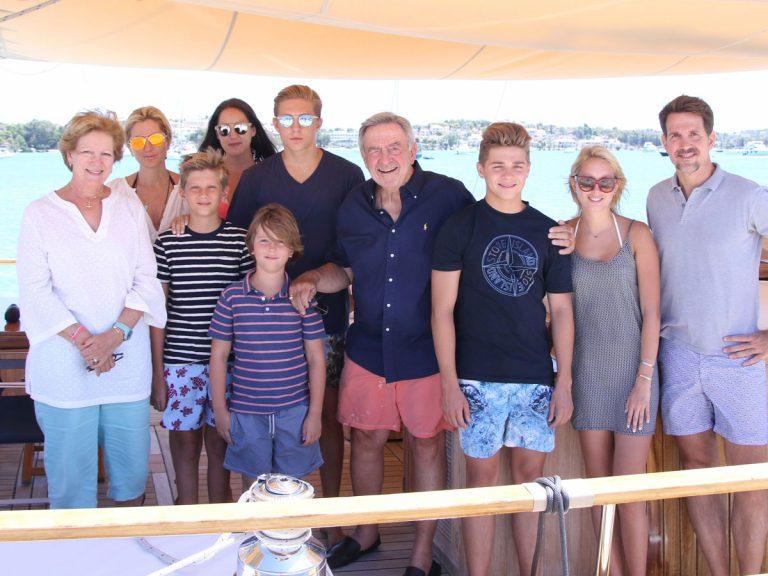 Los planes alternativos para estas vacaciones de la 'otra' familia de la Reina Sofía