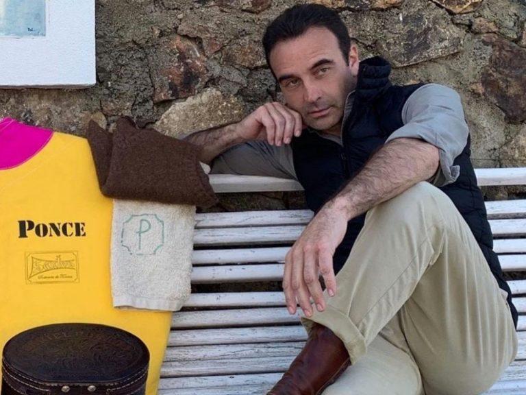 Los nuevos mensajes cifrados de Enrique Ponce a través de las redes sociales