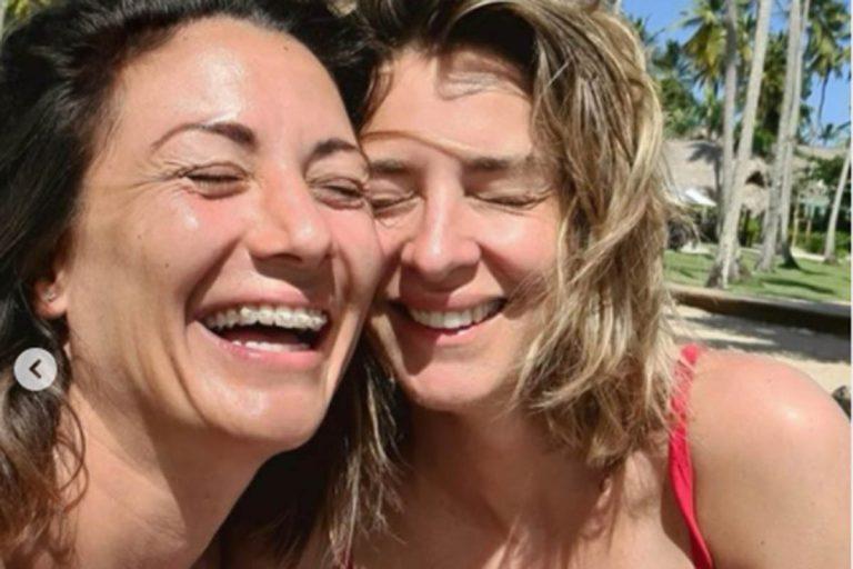 Fotos del día: La inmensa felicidad de Nagore Robles y Sandra Barneda