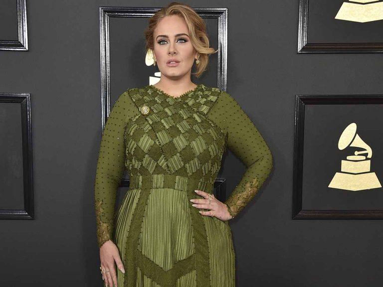 La irreconocible nueva imagen de Adele (y más delgada que nunca)