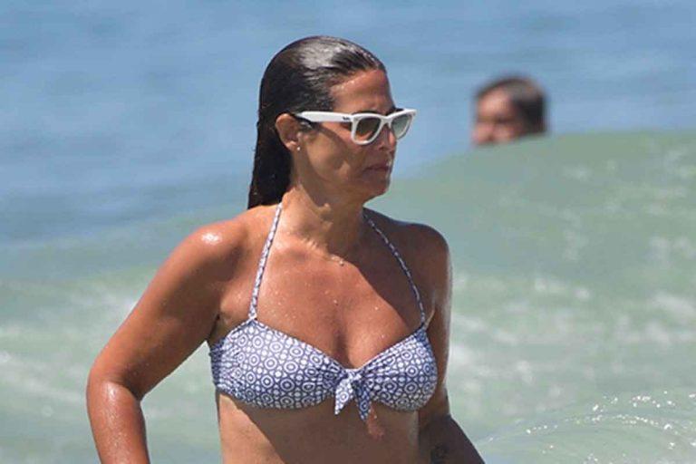 Fotos del día: El espectacular posado en bikini de Nuria Roca en Cádiz