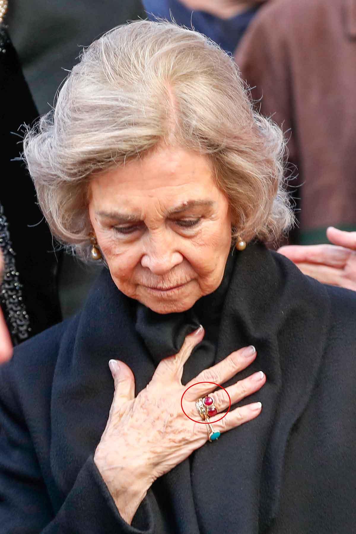 Casa Real de España - Página 16 Reina-sofia-anillo-compromiso-juan-carlos