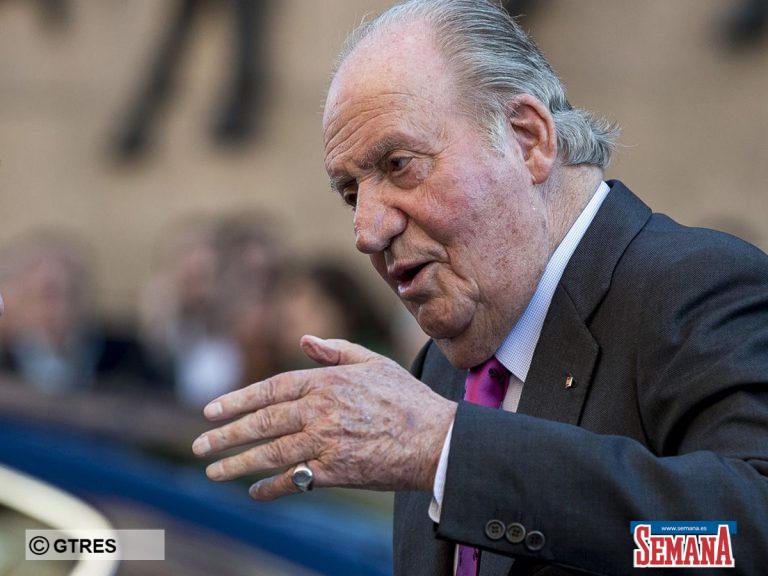 La polémica foto del Rey Juan Carlos de barbacoa con el hijo de Corinna