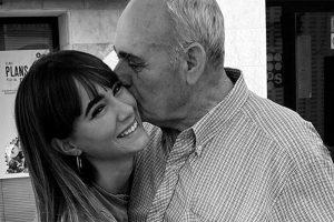 Muere el abuelo de Aitana: «Cuatro ángeles en el cielo, te quiero yayo»