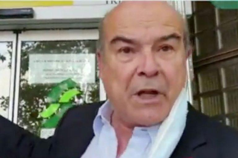 Antonio Resines estalla en cólera en una oficina de la Seguridad Social: «Me niegan el paso»