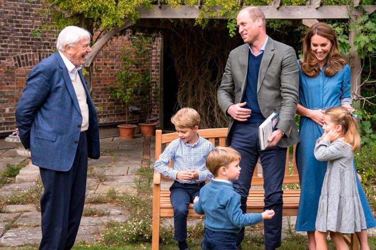 La ilusión y espontaneidad de los hijos de los duques de Cambridge al conocer a su ídolo David Attenborough