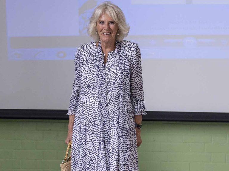 Camilla lleva el bolso preferido de las influencers (que cuesta 2.300 euros)