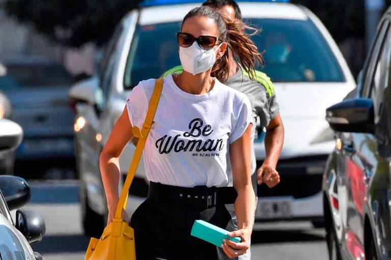 Eva González acude al médico mientras hace frente al huracán Karelys Rodríguez