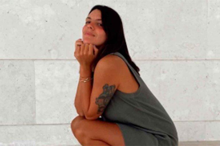Laura Matamoros confirma que se siguen llevando las botas cowboy