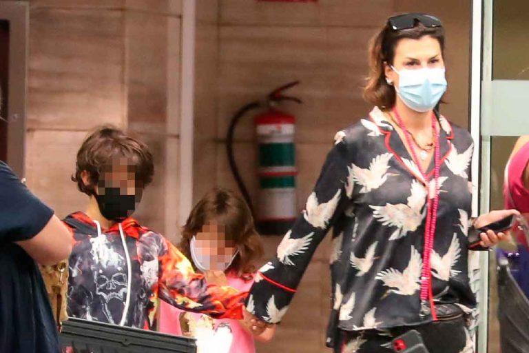 Raquel Perera regresa a Madrid con sus hijos tras llegar a un acuerdo con Alejandro Sanz