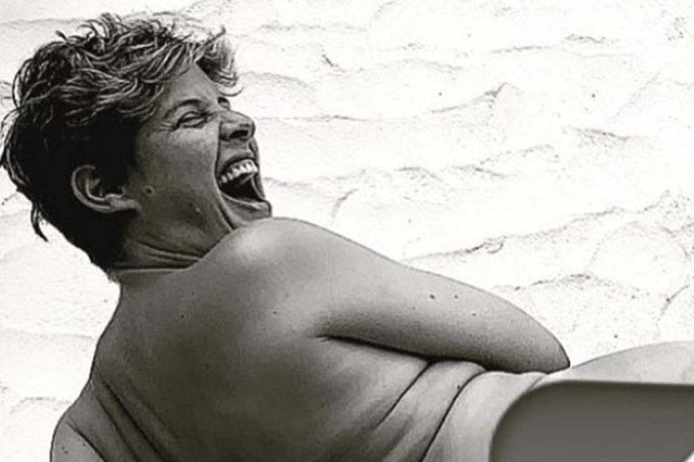 Fotos del día: Tania Llasera sale en defensa del «body neutrality» con su posado más real