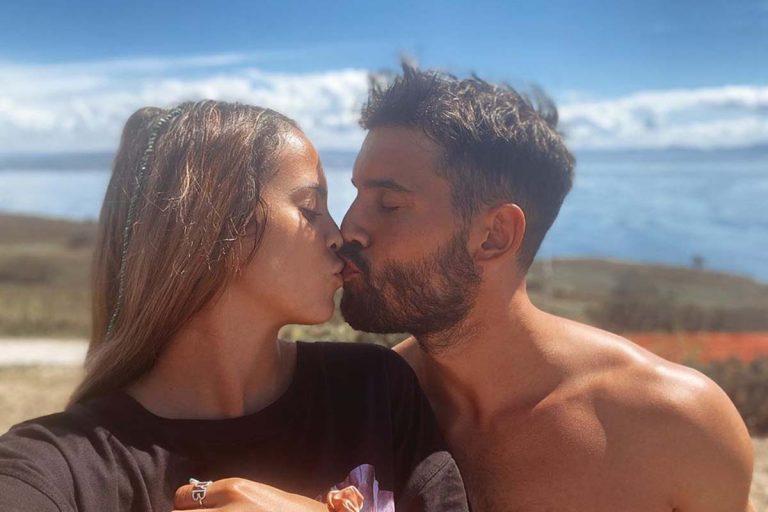 Así ha sido el primer año de amor de Gloria Camila y su novio