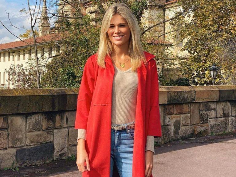 Ana Soria tiene el abrigo perfecto para los meses de entretiempo